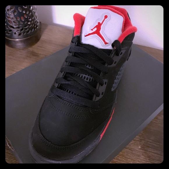 timeless design 8a733 9d24a Nike Air Jordan Retro 5. M 5c7197c034a4ef7d9f69f84b
